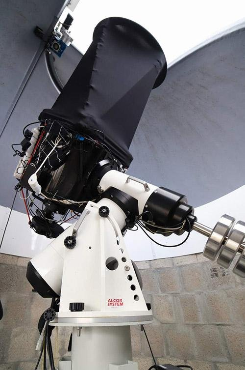 NOVA120 - Direct-Drive Mount With 120kg/260lbs Capacity - Hyperion Astronomy