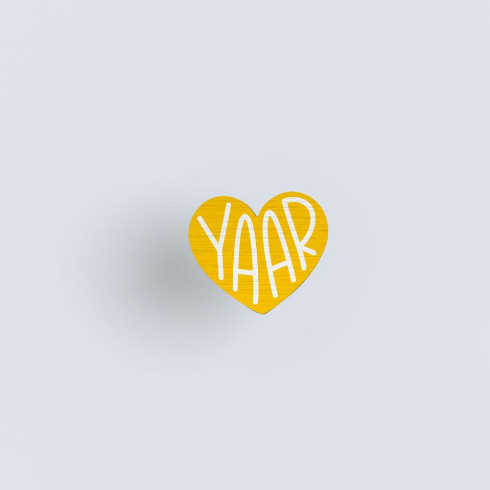 Yaar - hand painted pin