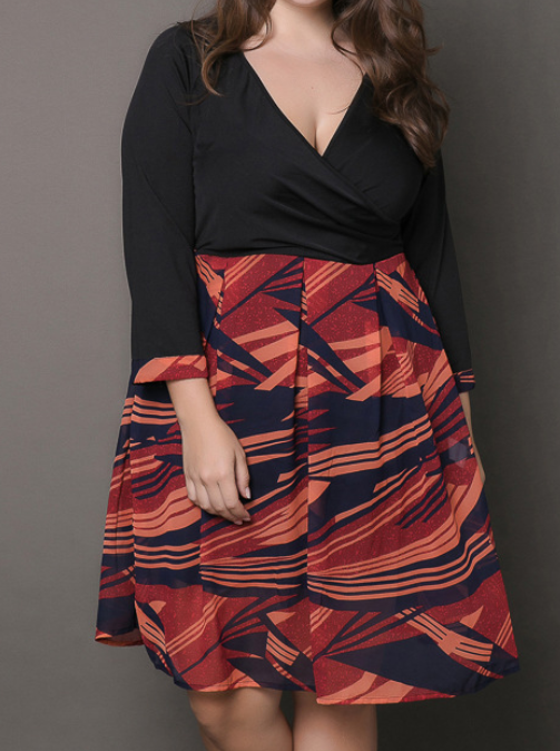 Plus size women's new dress printed V-neck skirt
