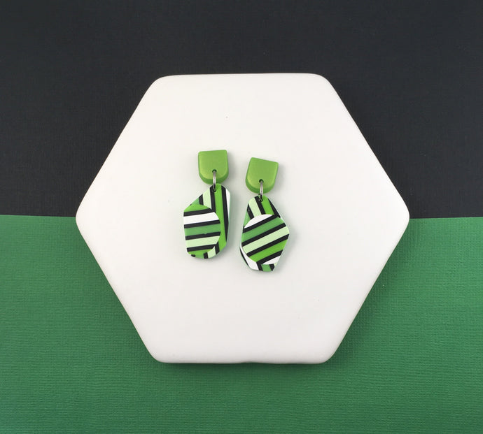 Green stripe geometric stripes