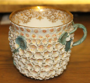 A 19th Century German Meissen Porcelain Snow Ball Cup with Gold Decoration
