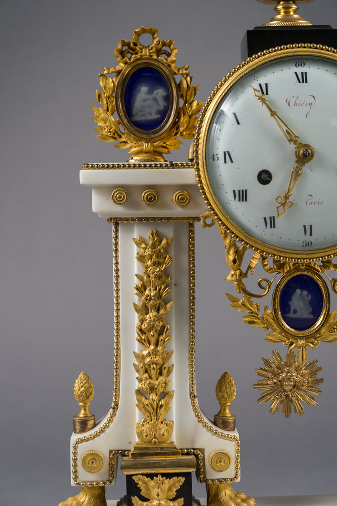 Louis XVI Ormolu-Mounted White Marble Mantel Clock by Thiéry, Paris