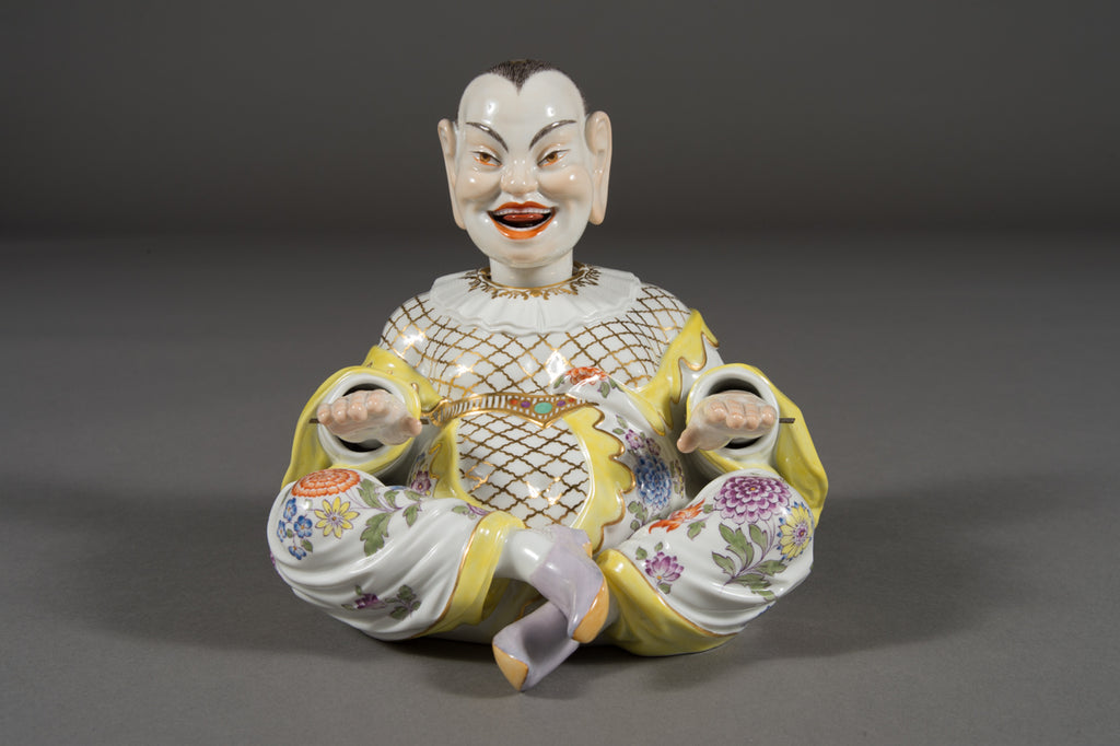 A Meissen Porcelain articulated nodding head pagoda figure, 20th century