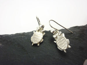 Urbugz Mags Pendant and Earring Gift Set