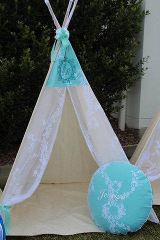 Princess Rose Lace & Mint Teepee