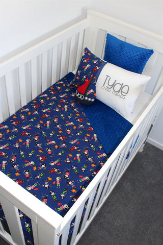 Pirate Pete Cot set