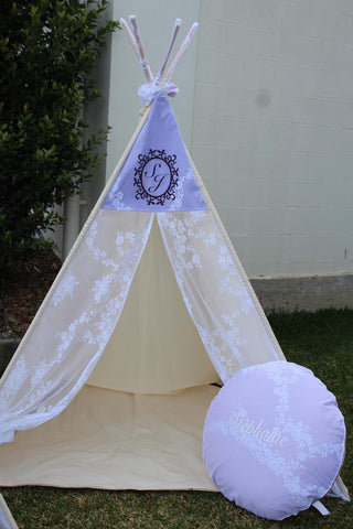 Princess Rose Lace & Lilac Teepee