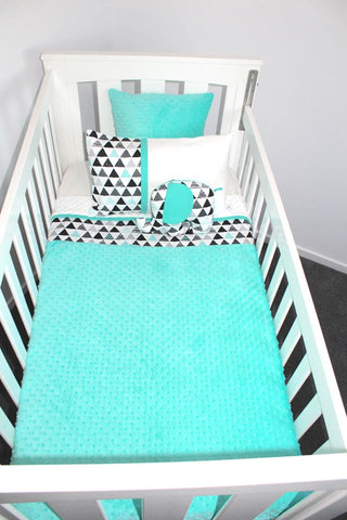 Mint Triangle Geometric Two Tone Cot Set - PREMIUM