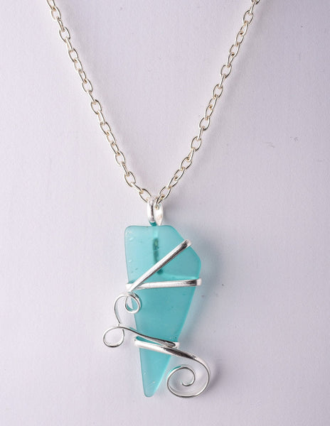 Alpaca Recycle Glass Pendant Necklace - Mint