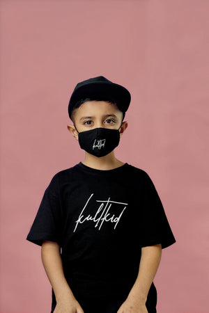 kids oversized black tshirt with signaure logo.