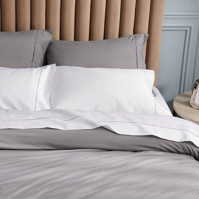 details of the Bedsure 1000 Thread Count Bed Sheets, 100% Pure Long-Staple Cotton Sheets, 4-Pc Queen Size Sheet Set