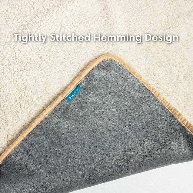 Tightly Stitched Hemming Design