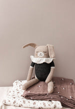 Knuffel | large bunny knit black