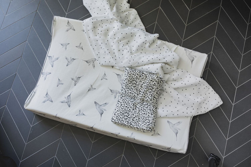 Swaddle 120x120 | wild child