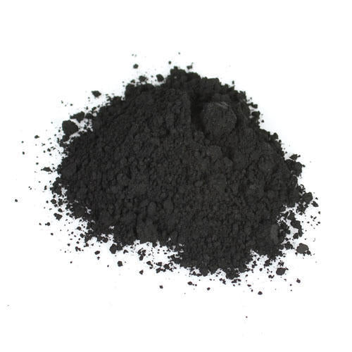 Detoxifying charcoal clay mask