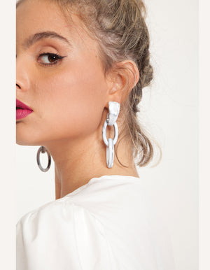 Marbel earrings in black and white