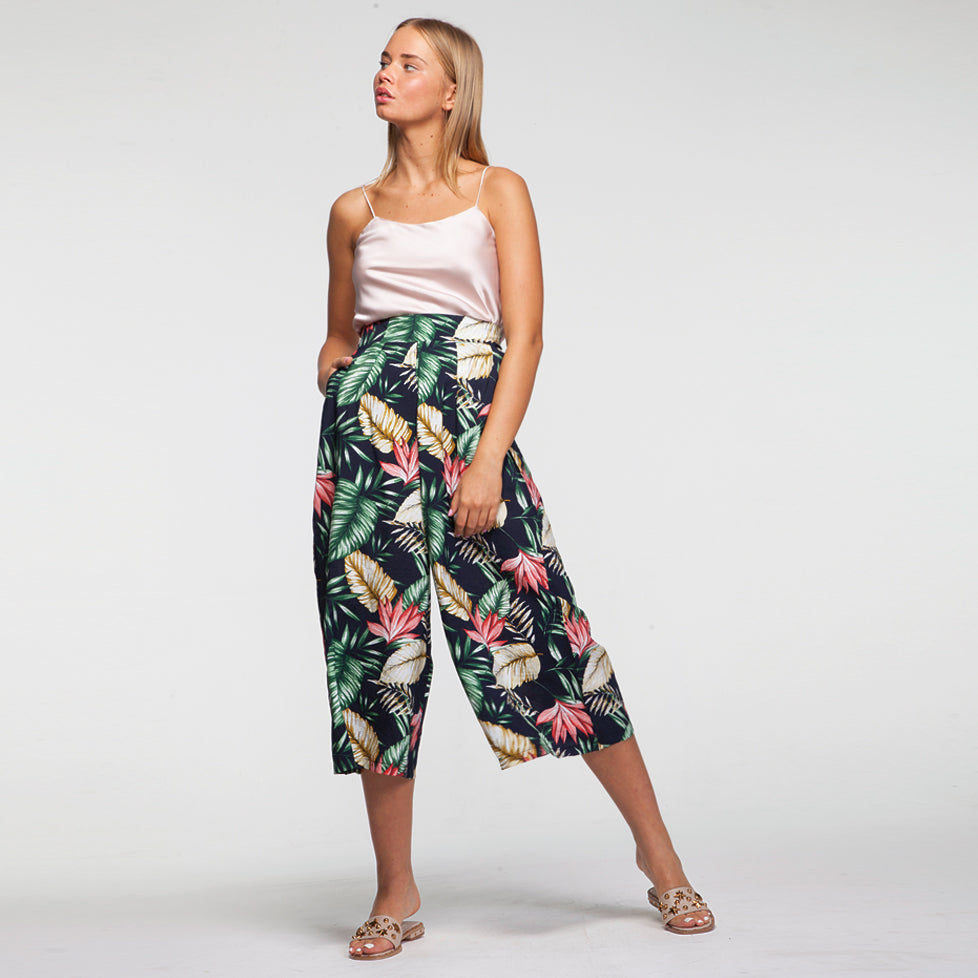 Hawai Pants in Black