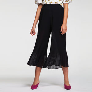 Chiffon Pants in Black