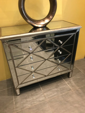 DAV 24 Mirror Chest Of Drawers