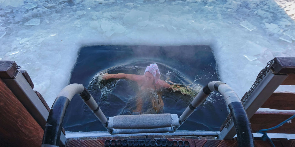 woman trying to lose weight with cold water therapy