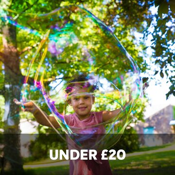 under £20 giant bubbles eco shopping eco toys fun gifts birthday parties soap bubbles mix ethical shop ecoshop sustainable vegan eco friendly games kids children ideas