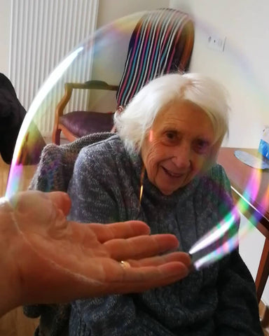 dementia bubbles alzheimers bubble theraphy dr zigs care home elderly nursing