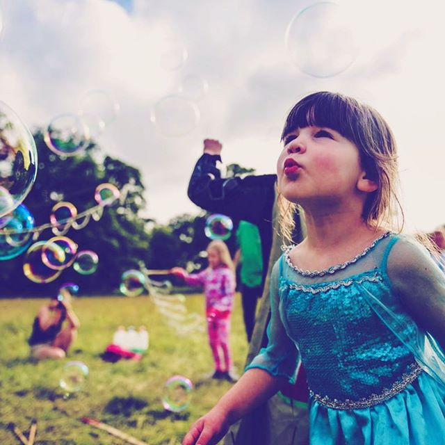 Giant Bubbles by Dr Zigs party kit outdoor fun and play kids and adults
