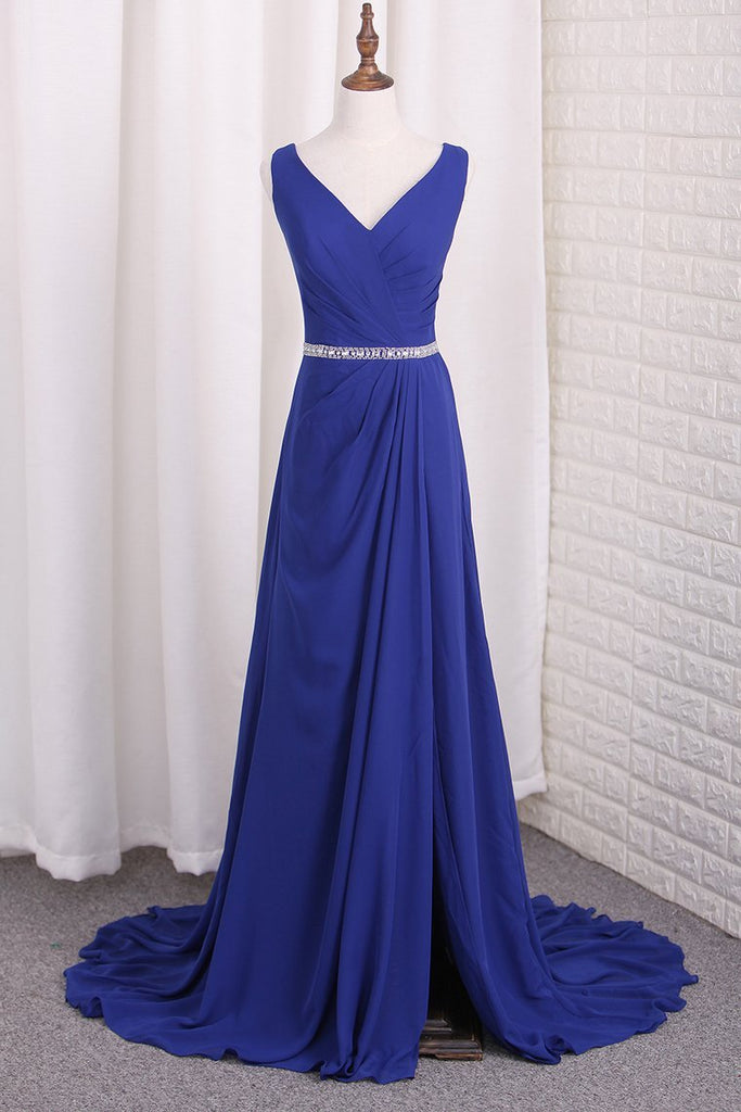 2021 A Line Chiffon V Neck Bridesmaid Dresses With Beads And Slit