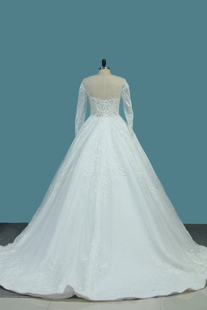 2021 A Line Scoop Long Sleeves Wedding Dresses Tulle With Applique Chapel Train