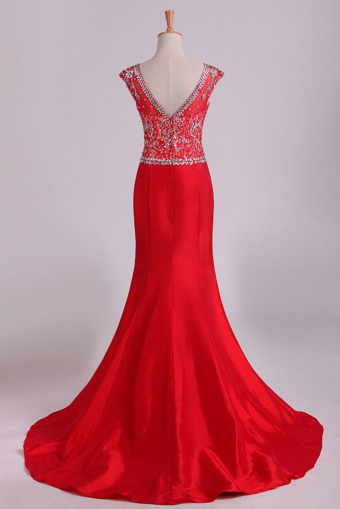 Red Bateau Lace&Taffeta Prom Dresses Mermaid With Beads