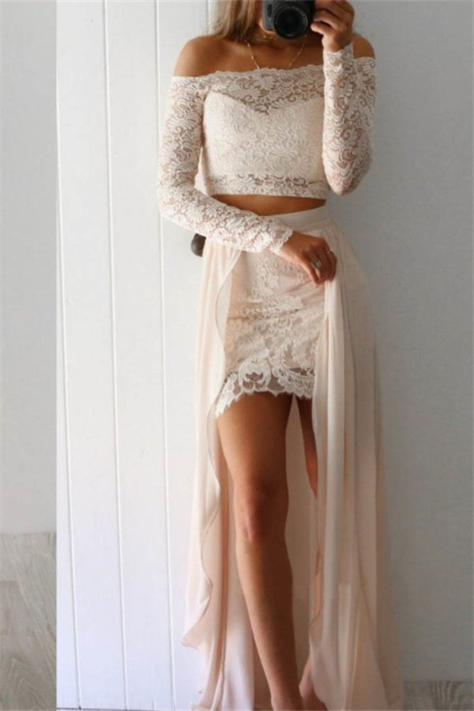 2019 Lace & Chiffon Prom Dresses Boat Neck Long Sleeves Zipper Up Sheath
