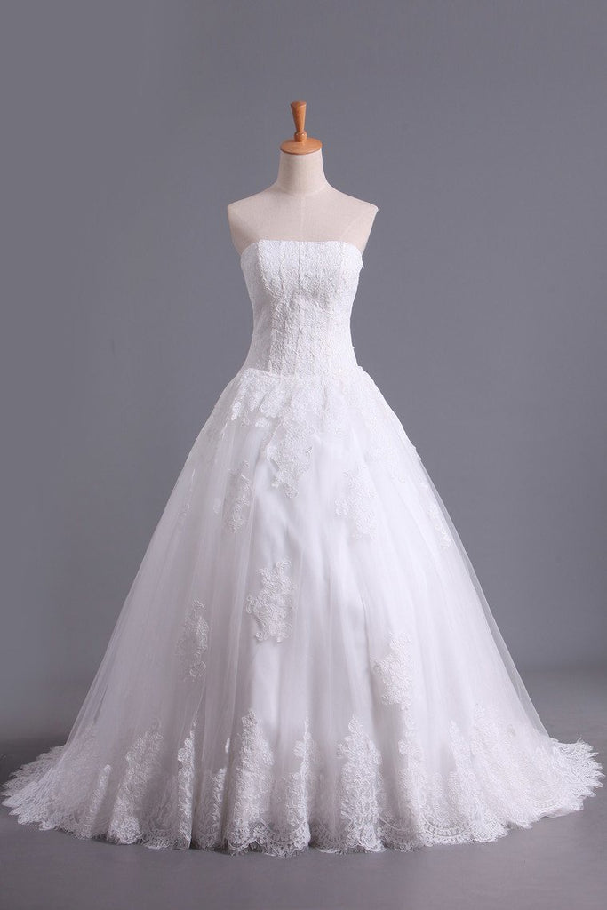 Hot Wedding Dresses A Line Strapless Tulle With Applique Court Train
