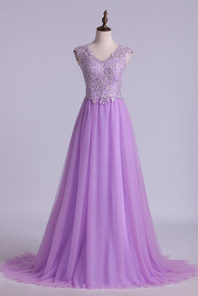 V Neck A Line/Princess Prom Dress Tulle With Applique & Beads