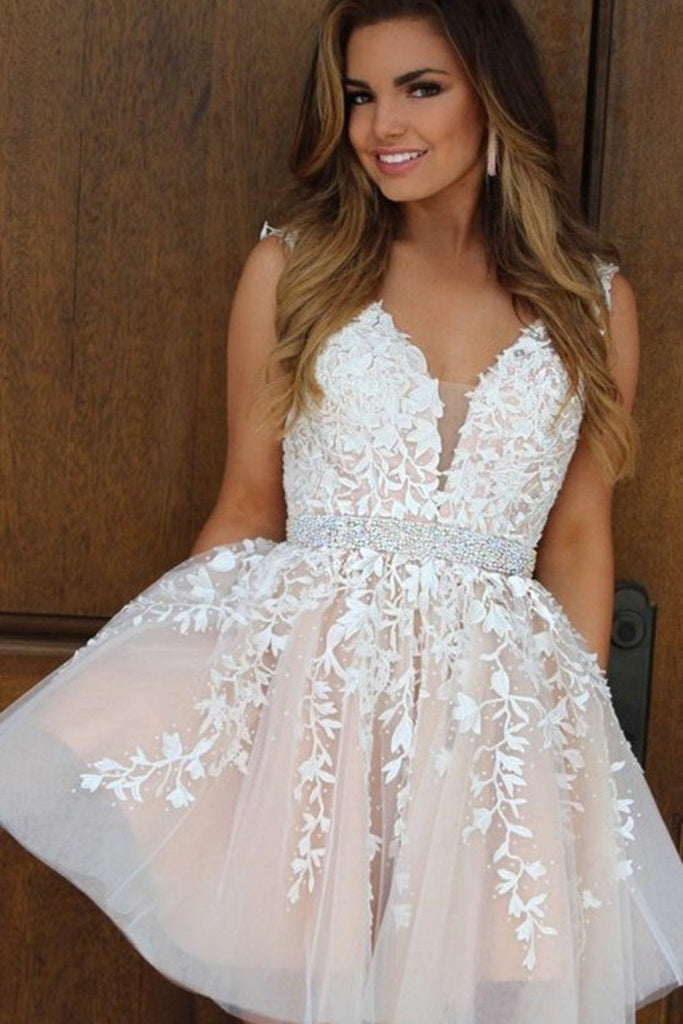 2019 New Homecoming Dresses V-Neck A-Line Short/Mini Tulle With Applique