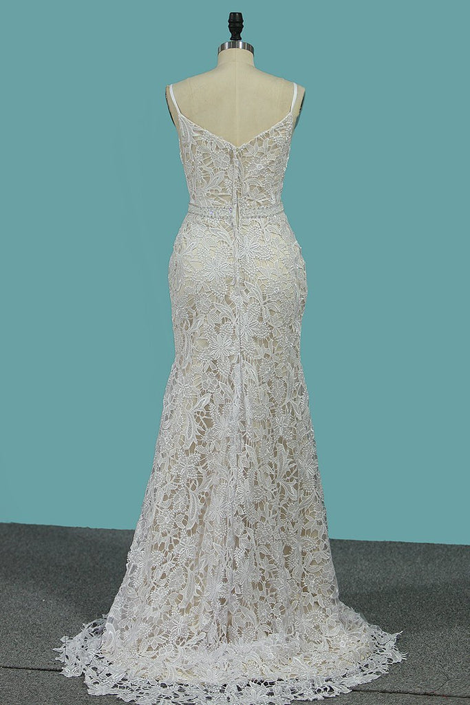 2019 Mermaid Lace Spaghetti Straps Wedding Dresses With Beads Sweep Train