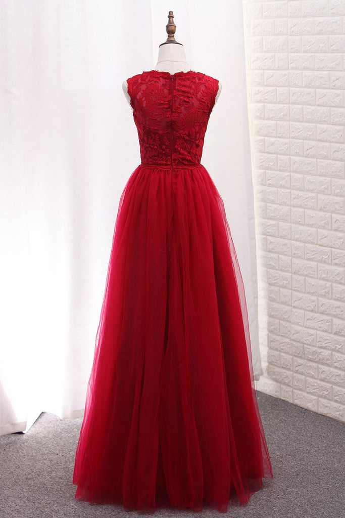 2021 A Line Bridesmaid Dresses Scoop Tulle With Applique Floor Length