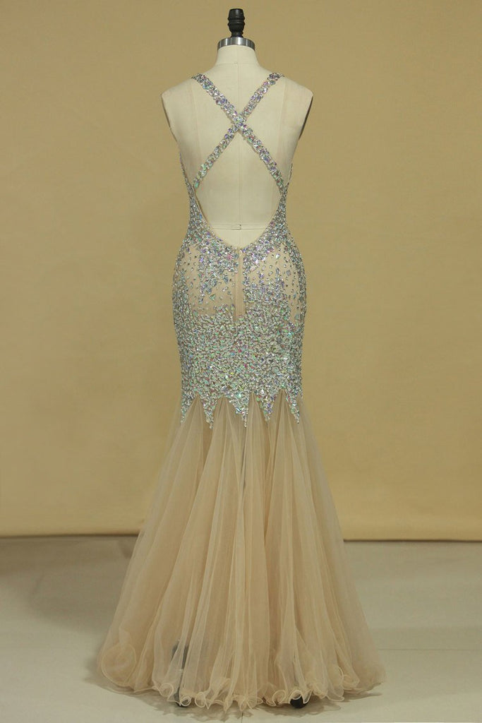 Halter Prom Dresses Mermaid Tulle With Beading Floor Length