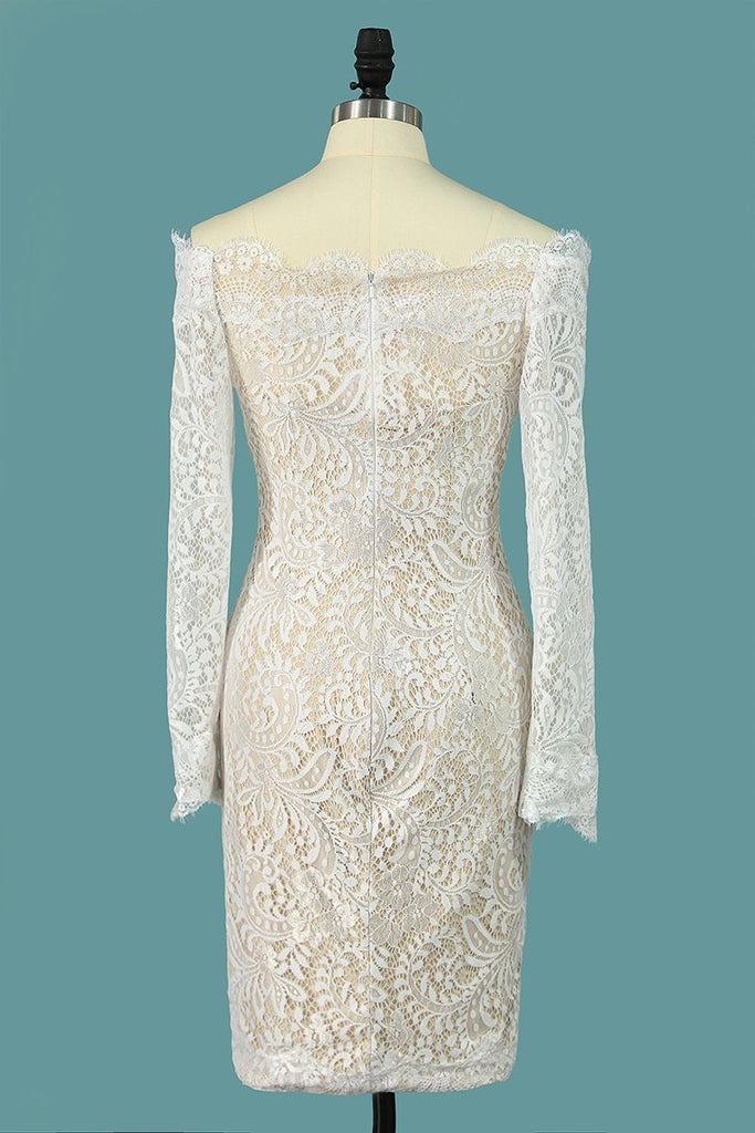 2019 Cocktail Dresses Boat Neck Long Sleeves Lace Sheath