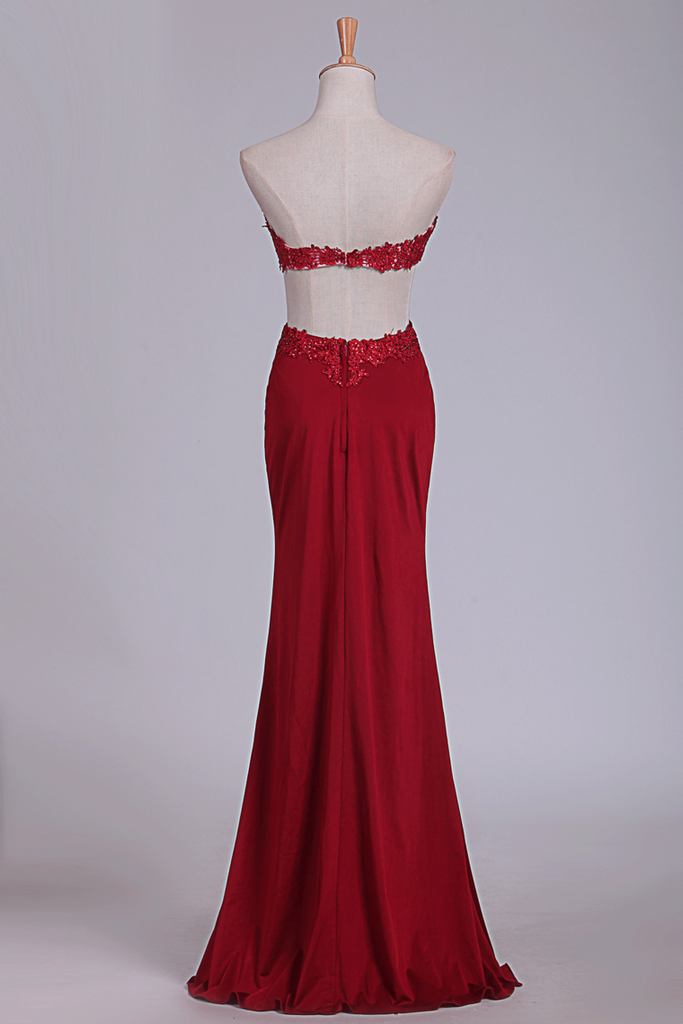 2019 Sexy Open Back Sweetheart Prom Dresses With Applique And Slit Sheath