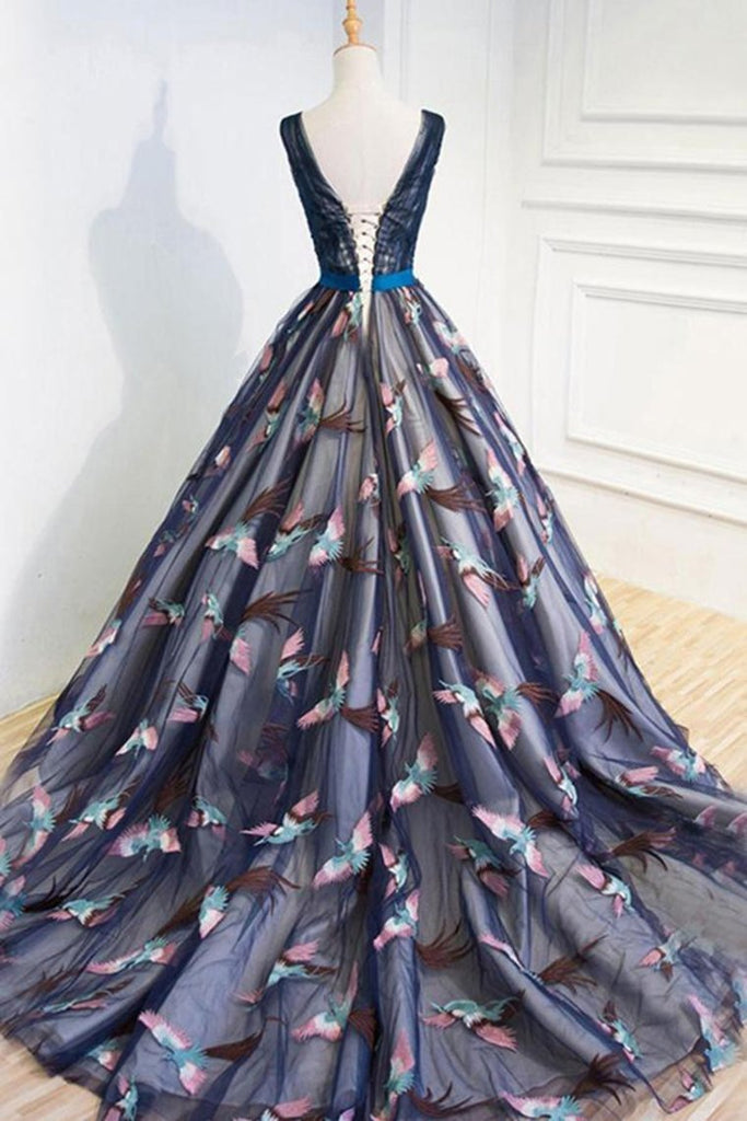 2019 Beautiful Prom Dresses Ball Gown V Neck Lace Beading Bowknot Tulle Evening Dress