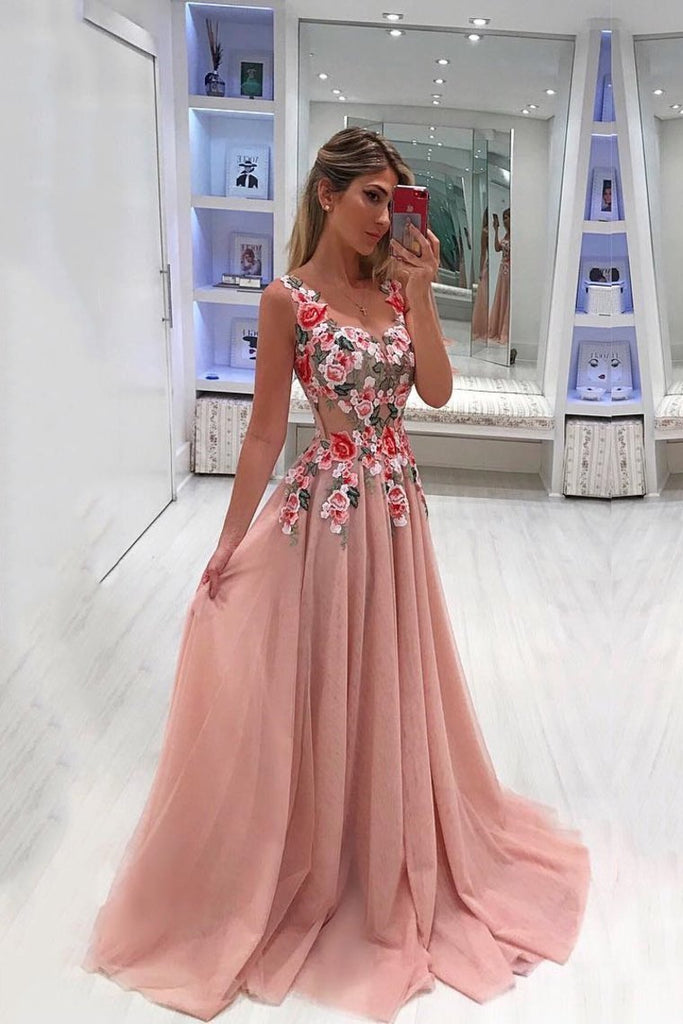2019 Straps Tulle A Line With Applique Prom Dresses Sweep Train