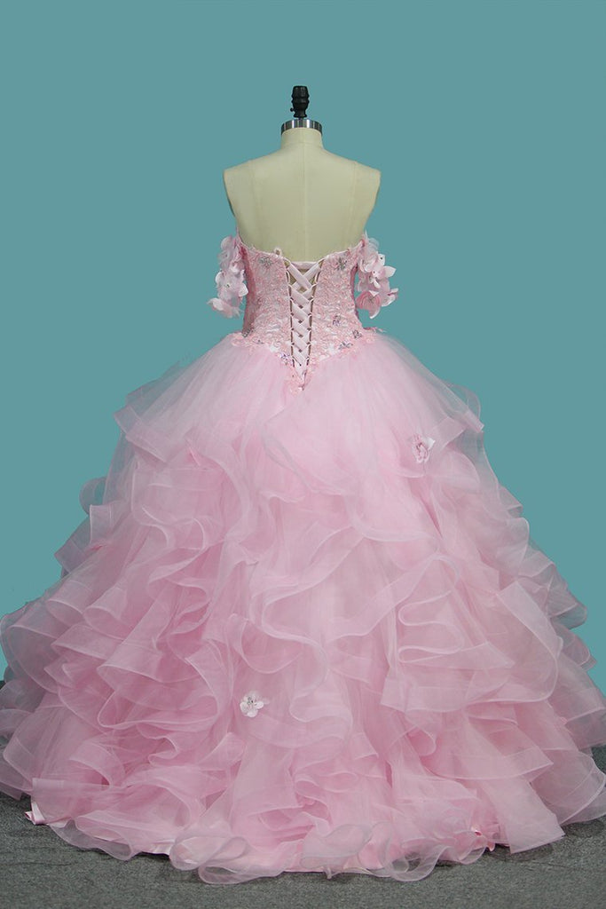 2019 Tulle Ball Gown Sweetheart Quinceanera Dresses With Applique And Beading