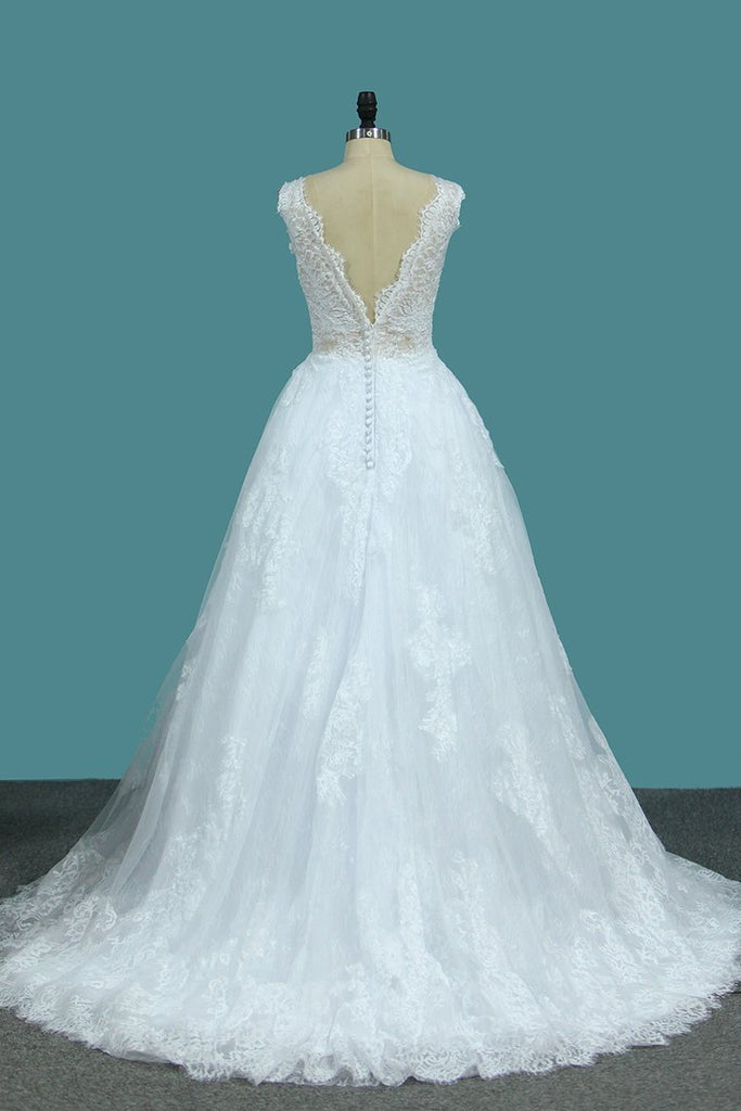 2021 A Line Lace V Neck Wedding Dresses With Applique Open Back Court Train