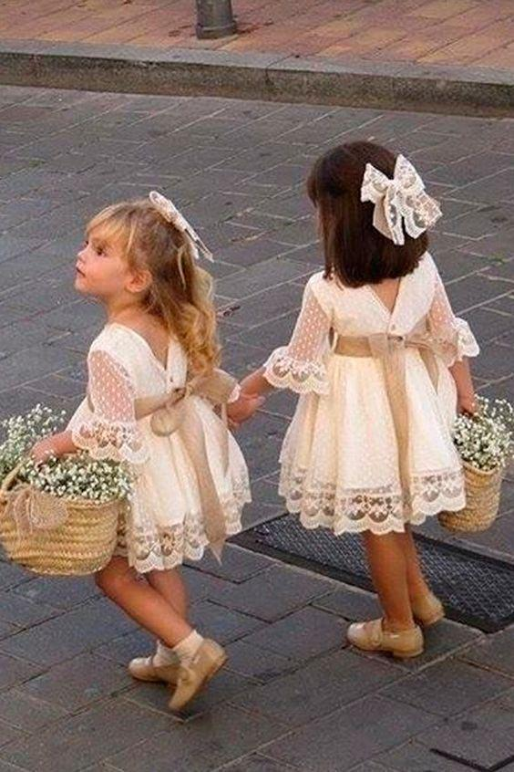 A line Long Sleeve Lace Flower Girl Dresses Above Knee Scoop Bowknot Baby Dress SSM546