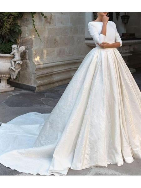 Backless Long Sleeve Ivory Wedding Dresses Modest 3/4 Sleeve Wedding Gowns JS432