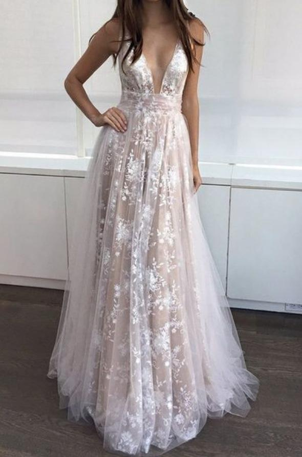 2021 Long Sexy Deep V-Neck Tulle Lace Appliques Floor-Length A-Line Party Prom Dress JS122