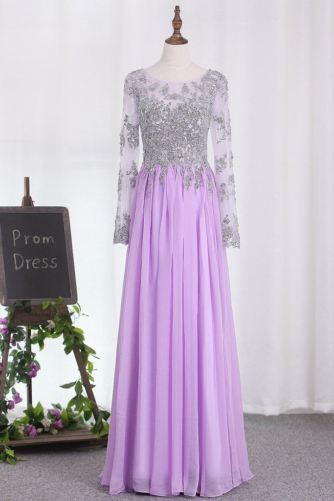 2021 A Line Long Sleeves Scoop Chiffon Prom Dresses With Applique