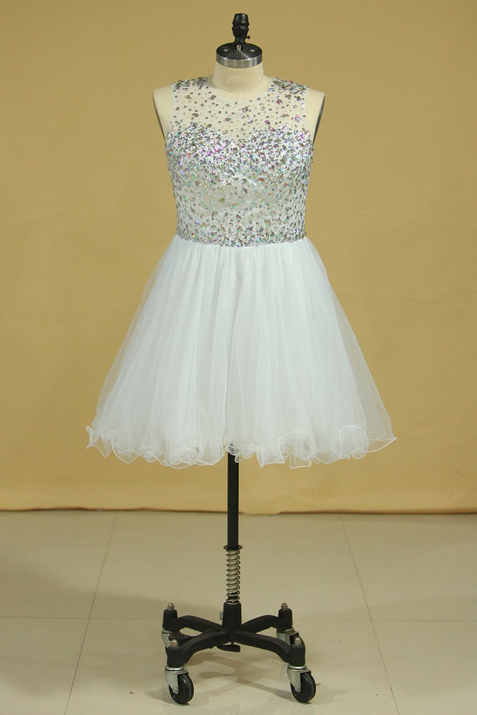 2019 Scoop Beaded Bodice A Line Prom Dress Short/Mini With Tulle Skirt White Plus Size