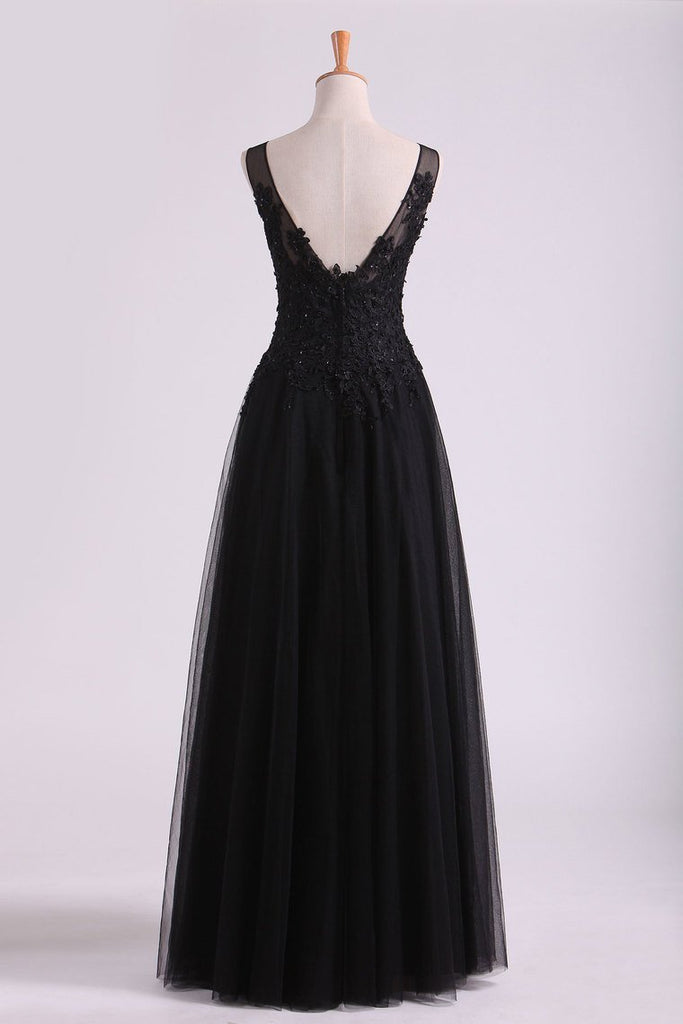 2019 Black Bateau Evening Dresses Tulle With Applique & Beads Floor Length