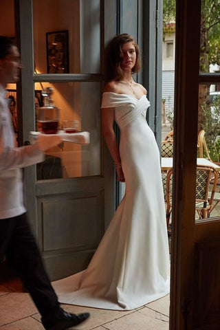 Wedding Dresses Mermaid Off The Shoulder Satin With Ruffles Sweep Train